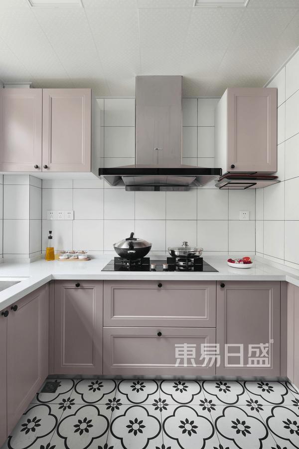 银河国际现代简约风格厨房装修效果图