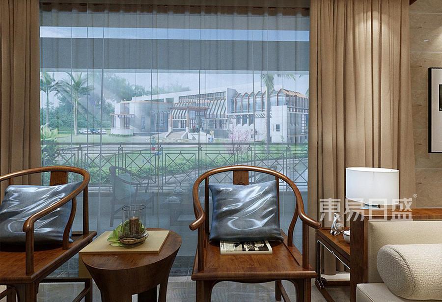 阳台宽敞,外设有休息区,休闲的下午,来一份甜点、一杯咖啡。