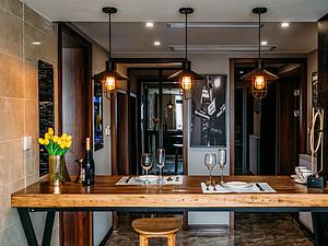 148㎡四居 复古工业风格 餐厅装修实景图