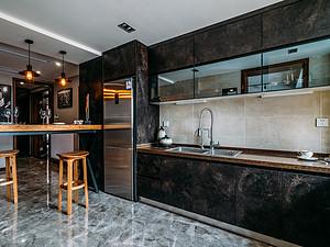 148㎡四居 复古工业风格 厨房装修实景图