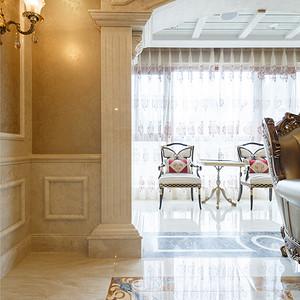 保利国际广场欧式古典客厅及阳台