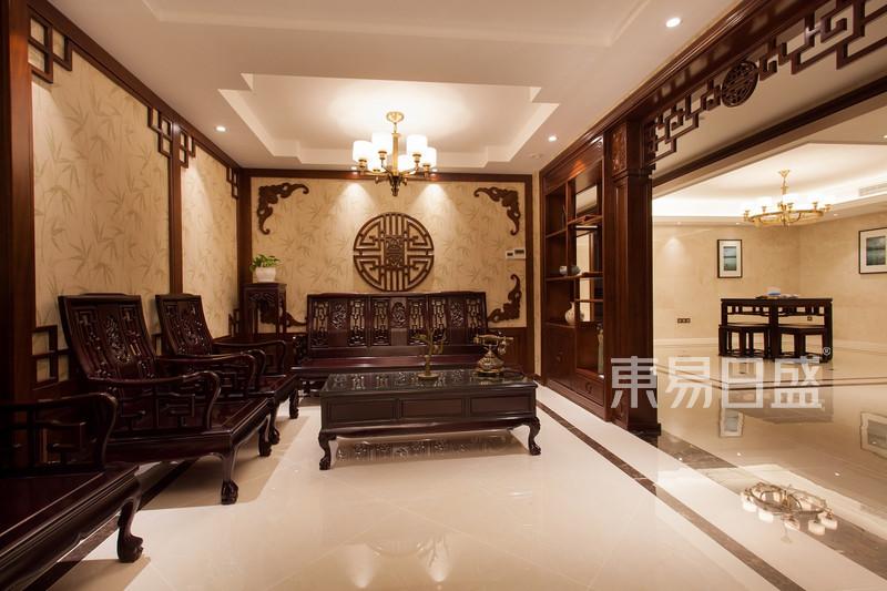 翰林府350平新古典会客厅实景图