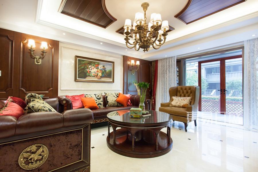 翰林府350平新古典客厅实景图