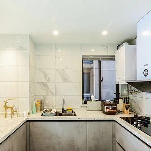 厨房装修效果图 现代简约风格实景图