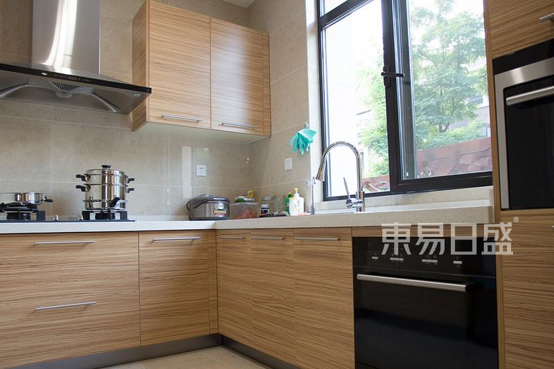万科-新中式-厨房效果图_装修效果图大全2018图片