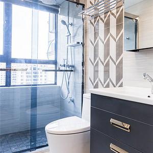 现代轻奢卫生间装修设计效果图