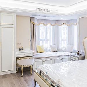 现代轻奢卧室装修设计效果图