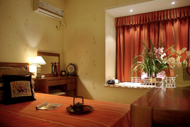 东南亚风格卧室装修实景图-雅居乐花园 东南亚风格图片