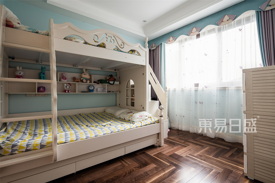 美式风格儿童房装修设计实景图