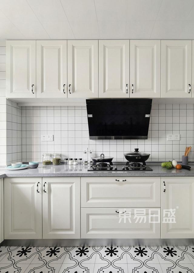 97㎡三居室 简美风格 厨房装修效果图