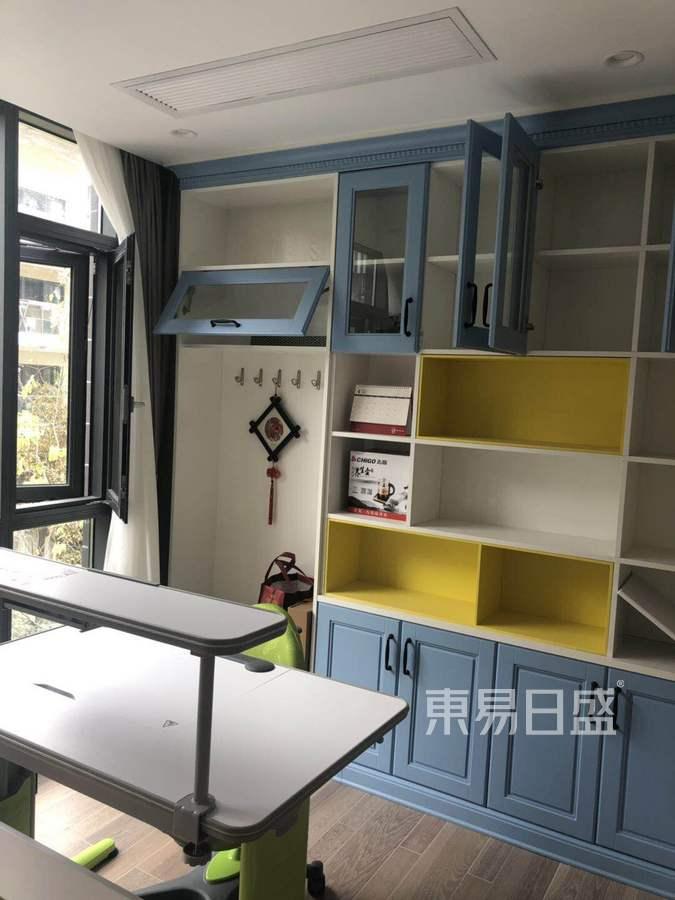 广州御金沙560平简美风格别墅书房装修实景图