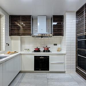 现代风格厨房装修实景图