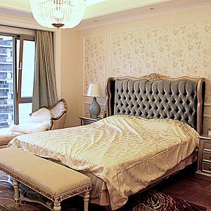 简欧卧室色彩华丽辅以暖色加以协调