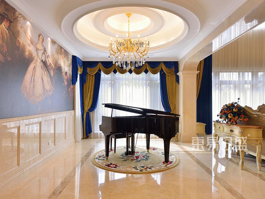 欧式宫廷风格钢琴室装修效果图
