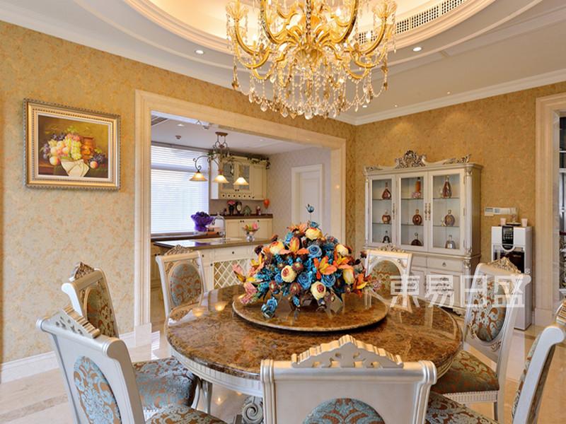 欧式风格宫廷餐厅装修效果图