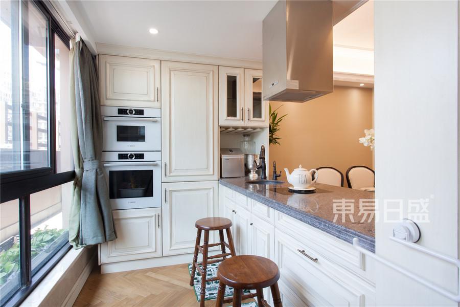 天安花园175平简美厨房实景图