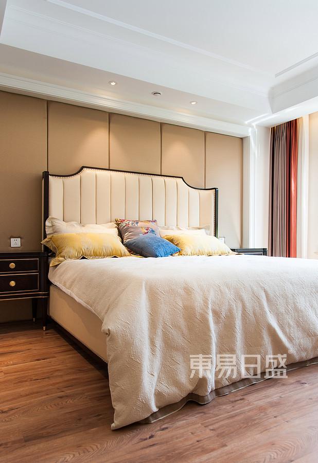 简美风格卧室装修效果图