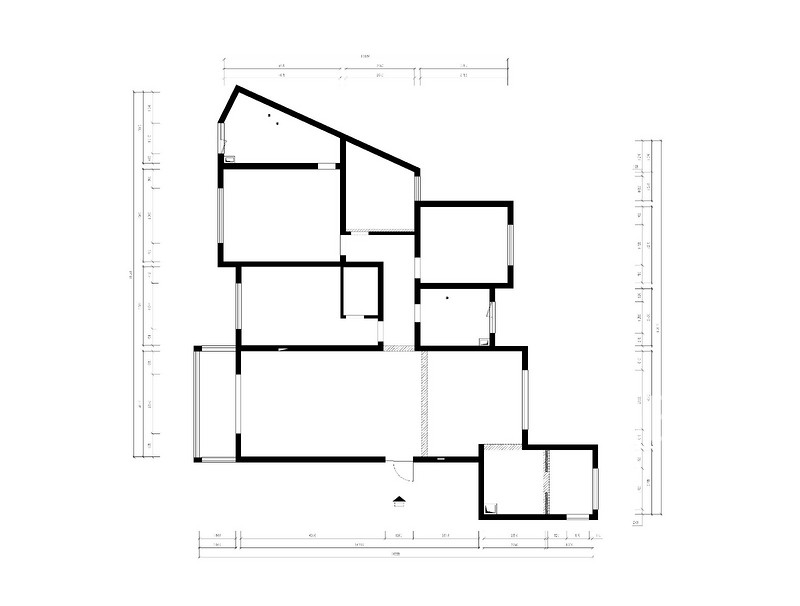 天鹅堡185㎡原始结构图.jpg