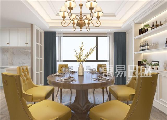餐厅与半开放式的厨房结合,使之空间更通透.jpg