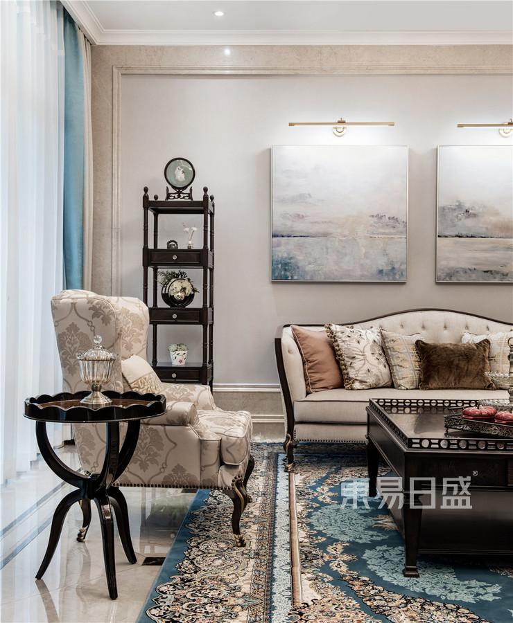 新古典风格客厅