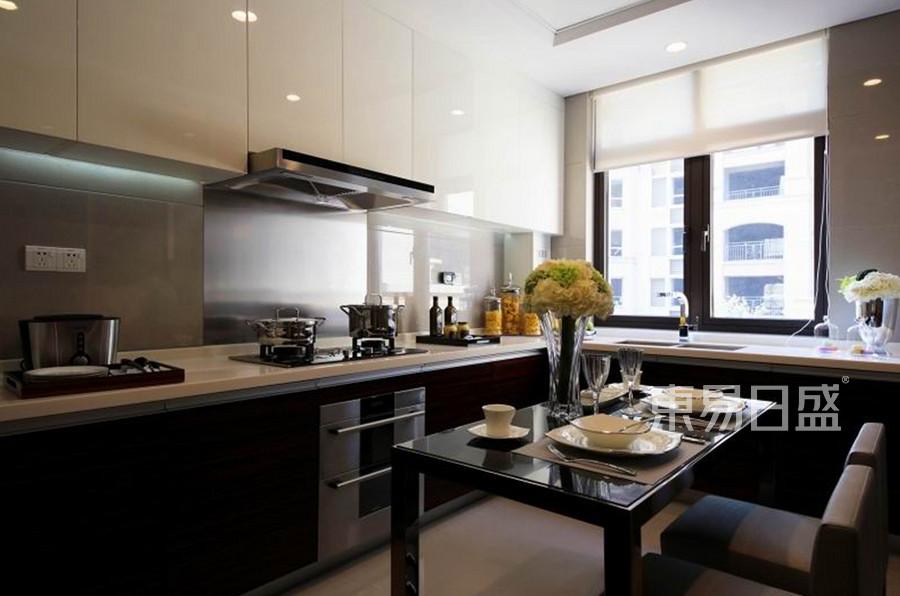 新中式风格厨房装修设计
